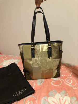 Coach tote bag for Sale in Arlington Heights, IL
