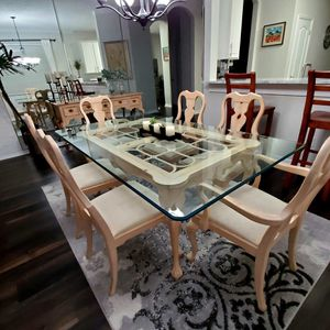 Dining . Table with glass ,6 chairs and matching console (LINK TAYLOR) for Sale in Orlando, FL