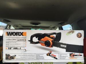 "Worx 18"" 15Amp chainsaw for Sale in Phoenix, AZ"