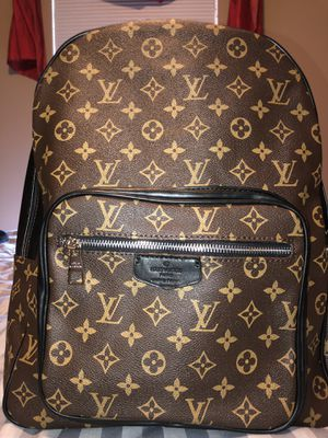 Louis Vuitton bag for Sale in Hilliard, OH