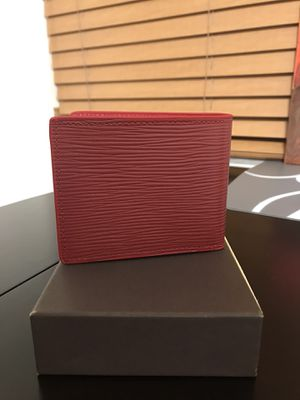 Red wallet - never used for Sale in Miami, FL