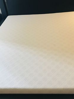 King Foam Mattress for Sale in Beaverton,  OR