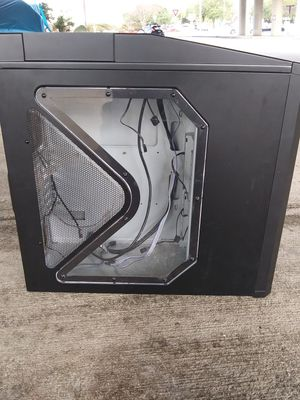 Antec Design - Gaming Series Nine Hundred Mid-Tower PC/Gaming Computer Case for Sale in Austin, TX