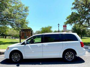 2017 DODGE GRAND CARAVAN SXT WAGON (77k miles) for Sale in San Antonio, TX