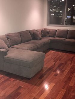Sectional Couch W/ Chaise Lounge. Listing Price / OBO for Sale in Jersey City,  NJ