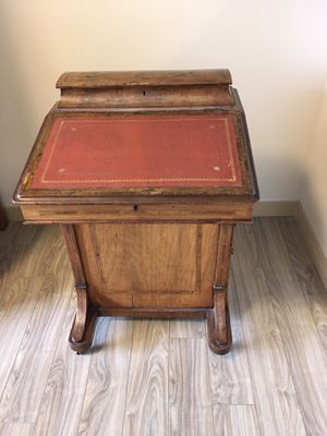Antique Davenport Desk, child size for Sale in Kirkland, WA