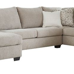 TRANSITIONAL 3-PIECE SECTIONAL WITH LEFT CHAISE for Sale in Santa Ana,  CA