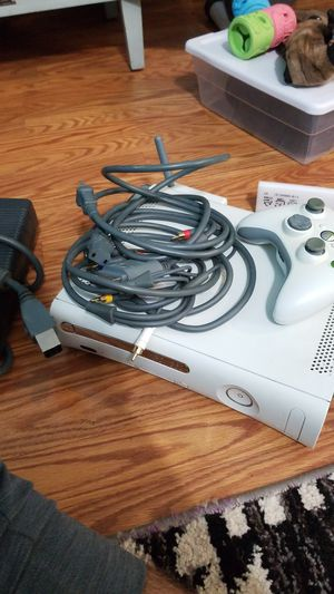 Xbox 360 with wireless adapter and games for Sale in Galloway, OH