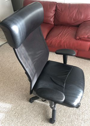 Office chair for Sale in Boca Raton, FL