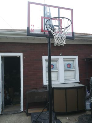 "Spalding Basketball Hoop 52"" like new for Sale in Maywood, IL"