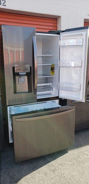 Refrigerator LG for Sale in Pico Rivera, CA