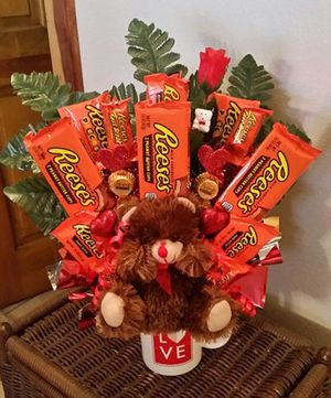 Cute valentines gift for Sale in Lynnwood, WA