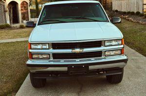 Chevrolet Silverado Automatic 4x4 5.7L V8 for Sale in Fort Worth, TX