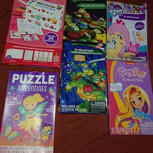 NEW Valentine's day exchange class cards giveaways with treats puzzles tattoos card box for Sale in Wrightsville, PA