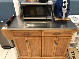 Kitchen Metal Top Island for Sale in Miami, FL