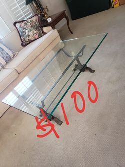 Coffee table for Sale in Westminster,  CA