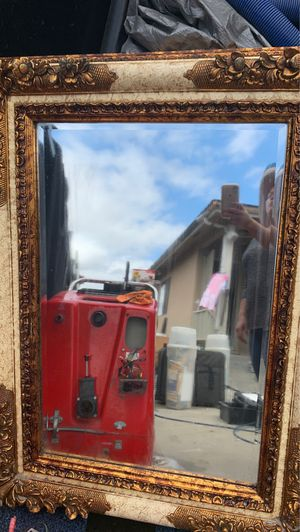 36/46 wall mirror for Sale in Hawthorne, CA