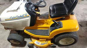 Cub Cadet GT 2186-44 Lawn Tractor riding mower for Sale in St. Louis, MO