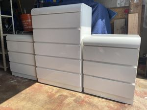 WHITE DRESSER AND END TABLES for Sale in Saddle Brook, NJ