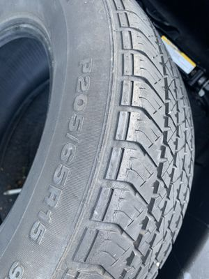 205/65R15 GOOD TIRE for Sale in Los Angeles, CA