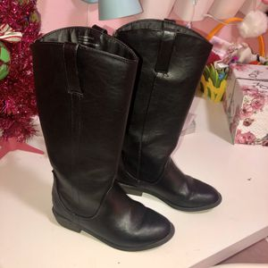 Girls size 13 Cat & Jack Black faux leather boots for Sale in Crosby, TX