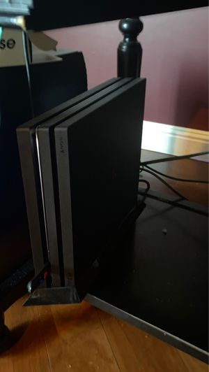 Ps4 pro 1TB for Sale in Lake Forest, CA