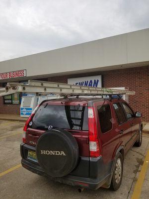 36ft alum ladder for Sale in Atlanta, GA