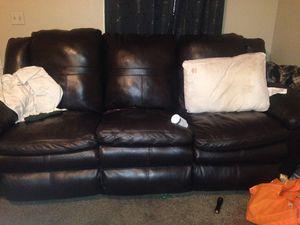 Black recliner couch for Sale in Murfreesboro, TN