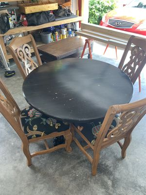 Table and chairs - FREE for Sale in Miromar Lakes, FL