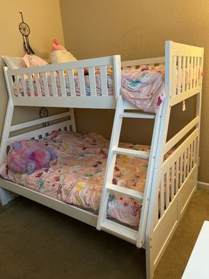 350 bunk beds with no mattresses for Sale in Oakley, CA