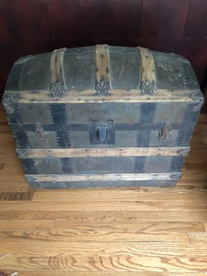 Antique Steamer Trunk for Sale in Rockville, MD