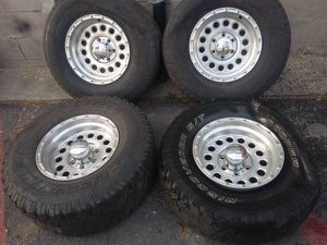 16x8 Eagle Alloy wheels 6 lug chevy toyota nissan for Sale in Montebello, CA