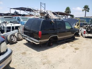 Gmc yukon chevy tahoe for parts 97 for Sale in San Diego, CA