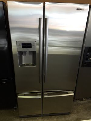 SAMSUNG STAINLESS BOTTOM FREEZER 4 FOUR DOOR WATER ICE WORKS GREAT WARRANTY DELIVERY for Sale in Fort Washington, MD