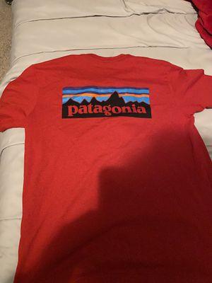 Patagonia varsiry red medium shirt. for Sale in Lawrenceville, GA