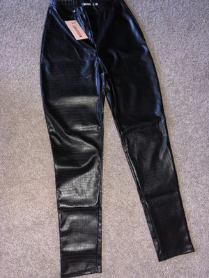 Missguided Black Mock Croc Faux Leather Leggings Size 4 US for Sale in Arlington, VA