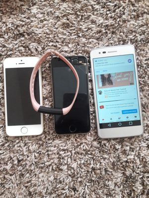 2 Apple Phone 5, 1 LG phone, 1 Samsung 1 Portable Charger & 1 iPhone 8, 1FITBit wristband for Sale in Austell, GA