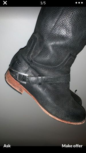 UGG black leather boots with cleaner size 7 for Sale in Nashville, TN