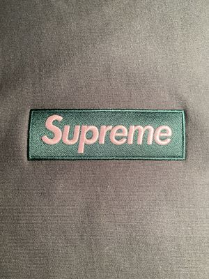 Supreme Box Logo Crewneck Dark Green FW 18 Size Medium for Sale in Washington, DC