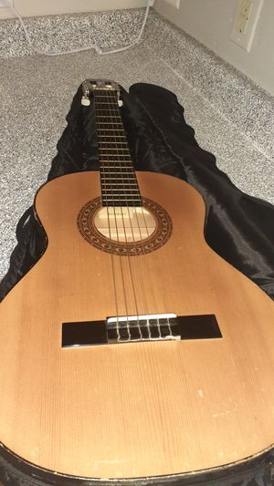 Acoustic Guitar for Sale in Irving, TX