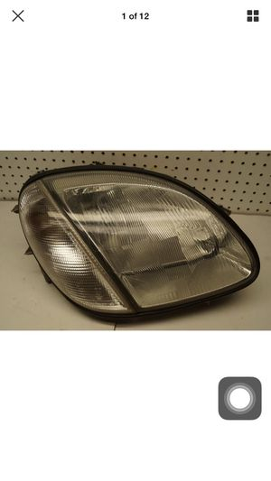 1998 1999 2000 2001 2002 2003 2004 Mercedes SLK Class Right Side Halogen Headlight OEM for Sale in Gardena, CA