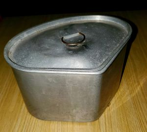 Grease container for Sale in Lawson, MO