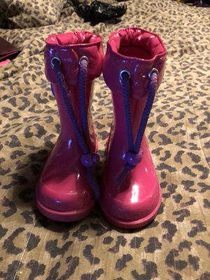 Toddler rain boots size 6 for Sale in Philadelphia, PA