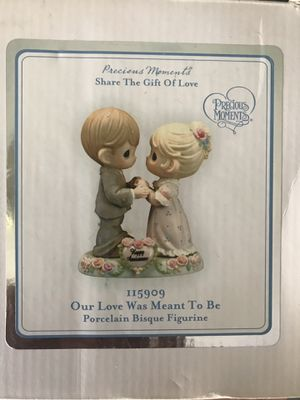 Precious Moments Porcelain Figurine for Sale in Hawthorne, CA