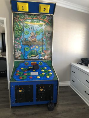 Redemption arcade game for Sale in Norco, CA