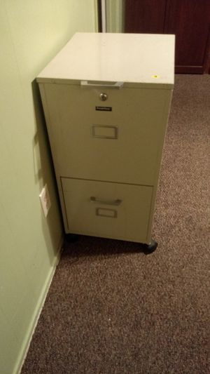 Two-drawer file cabinet with wheels for Sale in San Diego, CA