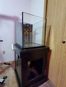 34 Gallon Fish Tank. 1/2 Thick Glass. for Sale in Salem,  OR