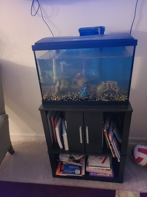 Fish Tank 30 gallons with stand for Sale in Chapel Hill, NC