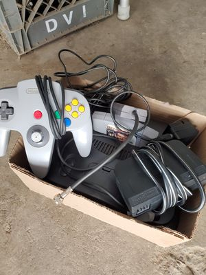 Nintendo 64 with 007 for Sale in Fresno, CA