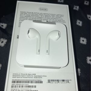 Apple Headphone for Sale in Baltimore, MD